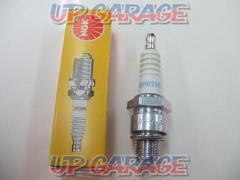 NGK Spark plug BPR7HS 400 yen (excluding tax)