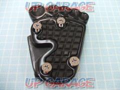Foot type pedal cover black 2860 yen (tax included)