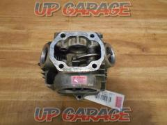 HONDA (Honda) Genuine cylinder head Monkey 6V