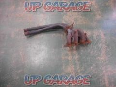 Price cut TOYOTA (Toyota) Corolla Levin AE86 previous term genuine exhaust manifold 1 split