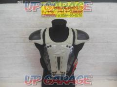 evs REVOLUTION 5 Body protector Size: Unknown