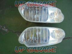 Stock disposal Great special price !!  Wakeari Toyota 30 series Celsior previous term genuine fog lamp