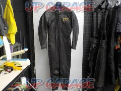 Size: Unknown Lewis Leathers (Lewis Leather) Leather Racing suits