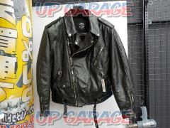 Size: Unknown APPLAUSI Leather Riders