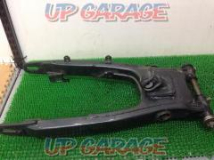 7 YAMAHA Genuine swing arm