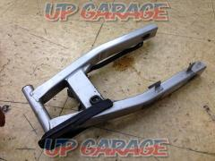 ③ Honda Genuine swing arm