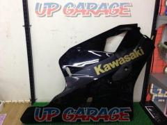 9 KAWASAKI on the right side only ZXR400R genuine side cowl