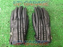 11FREExFREE Leather Gloves