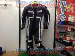 BERIK (Berwick) Racing suits
