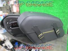 HarleyDavidson (Harley Davidson) 90201645A Detachable Saddle Bag Softail ('18-)