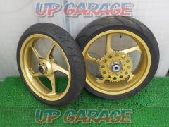 MARVIC PENTA Cast Magnesium Wheel SET VTR1000F ('97-)