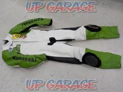 Size: Semi-order (M guide) Unknown Manufacturer Racing suits