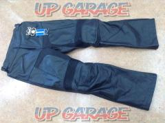 Size: 42, inseam approximately 78cm GENUINE LEATHER Leather pants