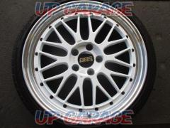 BBS LM235 LM220 + EP TYRES acceiera