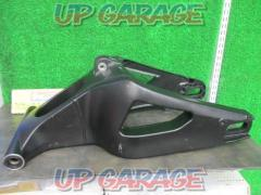 YAMAHA (Yamaha) Genuine swing arm YZF-R1 ('09 -' 12)