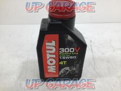 MOTUL 15W50 300V 100% synthetic engine oil 1 L