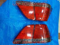 Toyota original (TOYOTA) Crown Royal / Early 18 Series Tail lamp set 4 split