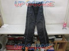 BUGGY Over pants Size: M