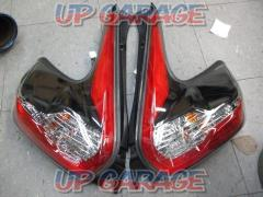 Nissan Juke late late genuine tail lens Right and left
