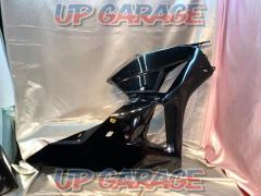 CBR600RR (PC40 late) Genuine / paint R side middle / under cowl