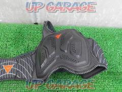 DAINESE Chest protector Hard black