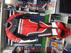 BERIK (Berwick) Racing suits Size / LW
