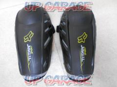 Size: S / M FOX Elbow protector