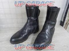 Size: Unknown Unknown Manufacturer Leather boots black