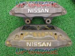 Nissan genuine How about R32 Skyline genuine front caliper THE diversion base?