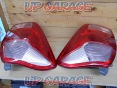 Toyota genuine Tail lens Right and left