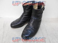 Size: 25cm Buggy Ankle boot
