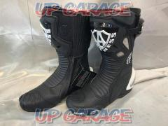 Size: 42 (about 26.5cm) Black / White Allenes Racing boots