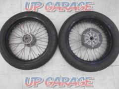 KAWASAKI D tracker genuine wheel Popular motard style *There is rim discoloration
