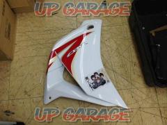 HONDA (Honda) only on the left side Genuine side cowl / middle cowl