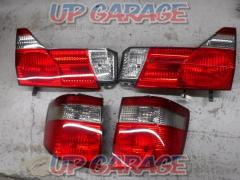 Toyota 10 system Alphard V Previous period Genuine tail lens Left and right set