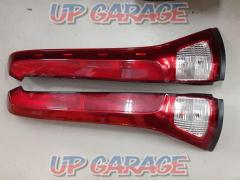 Nissan original (NISSAN) [ICHIKOH / D008] Serena (C25) genuine Tail Lamp / Tail Lens Right and left