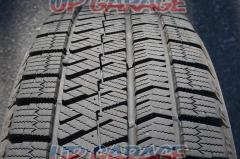 【溝タップリ高年式!】BRIDGESTONE BLIZZAK VRX2 + HOT STUFF Exceeder E01