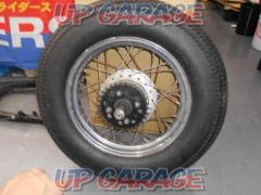 HONDA (Honda) Original rear wheel Lesbian 250 (MC 13)