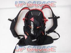 DAINESE D-DAKAR HYDRATION BACK PACK 1980063 容量9.4L