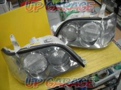 Toyota 17 series Crown Athlete genuine HID headlights Right and left