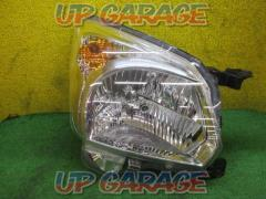 Wakeari / Only on the right side SUZUKI MK32S Spacia Genuine HID headlights Right
