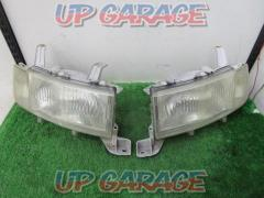 TOYOTA Genuine headlight left and right set