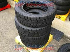2 DUNLOP WINTERMAXX WM01 195/65R15 4本
