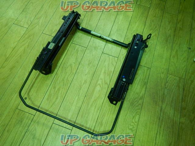 Wakeari BRIDE Stop the seat rail Rega~i BE / BH RH-01