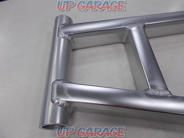 Unknown Manufacturer Aluminum swing arm [ESTRELLA For rear disc-02