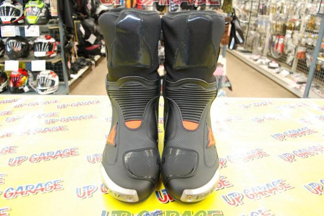 DAINESE AXIAL D1 AIR BOOTS BLACK / FLUO-RED Size EU42-05