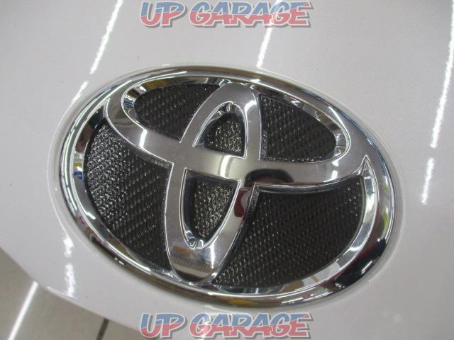 TOYOTA Genuine bonnet 200 series Hiace Type 3 wide-03