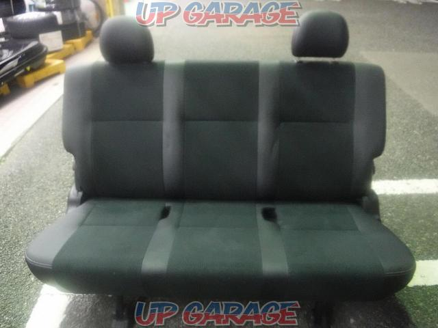 □ Price cut! TOYOTA Hiace (200 series) Dark prime Ⅱ genuine Second seat (2nd row seat)-01