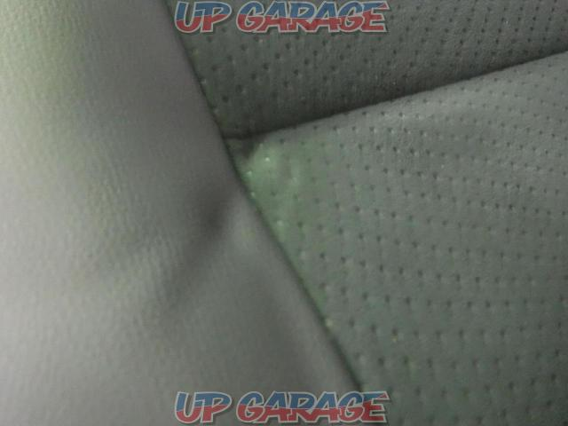 □ Price cut! TOYOTA Hiace (200 series) Dark prime Ⅱ genuine Second seat (2nd row seat)-02
