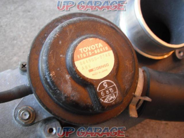Great discount on stock disposal price !! Toyota JZX100 genuine blow off valve-02